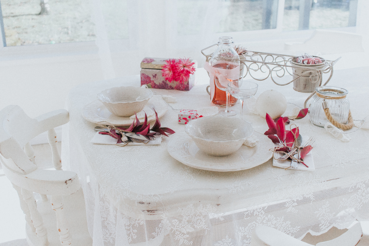 Shabby chic valentines day tablescape inspiration for Shabby chic instagram